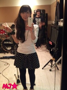 MJ☆(DEEP UNDERWATERのVo.)の音楽と女子力と!-1319282119-picsay.jpg
